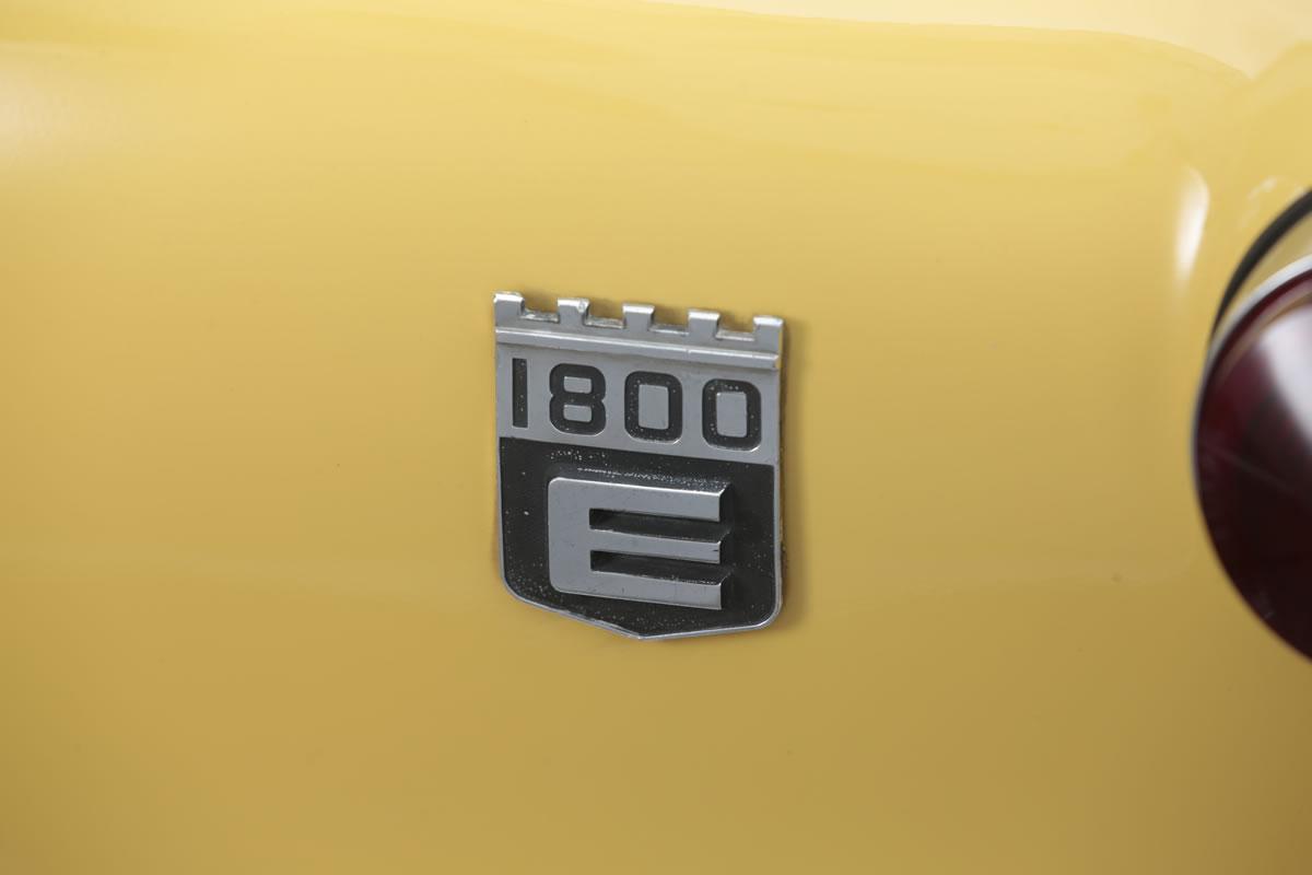 VOLVO / 1800E