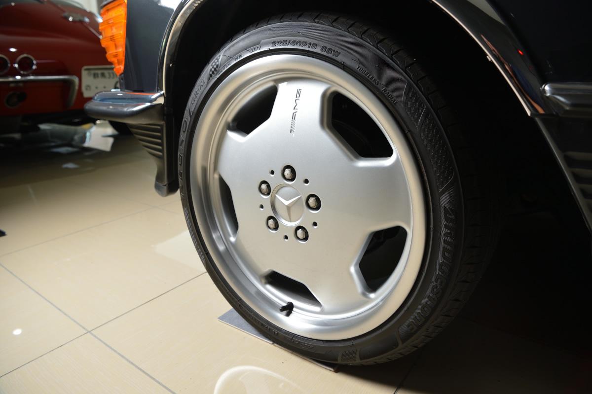 Mercedes benz / 560SL