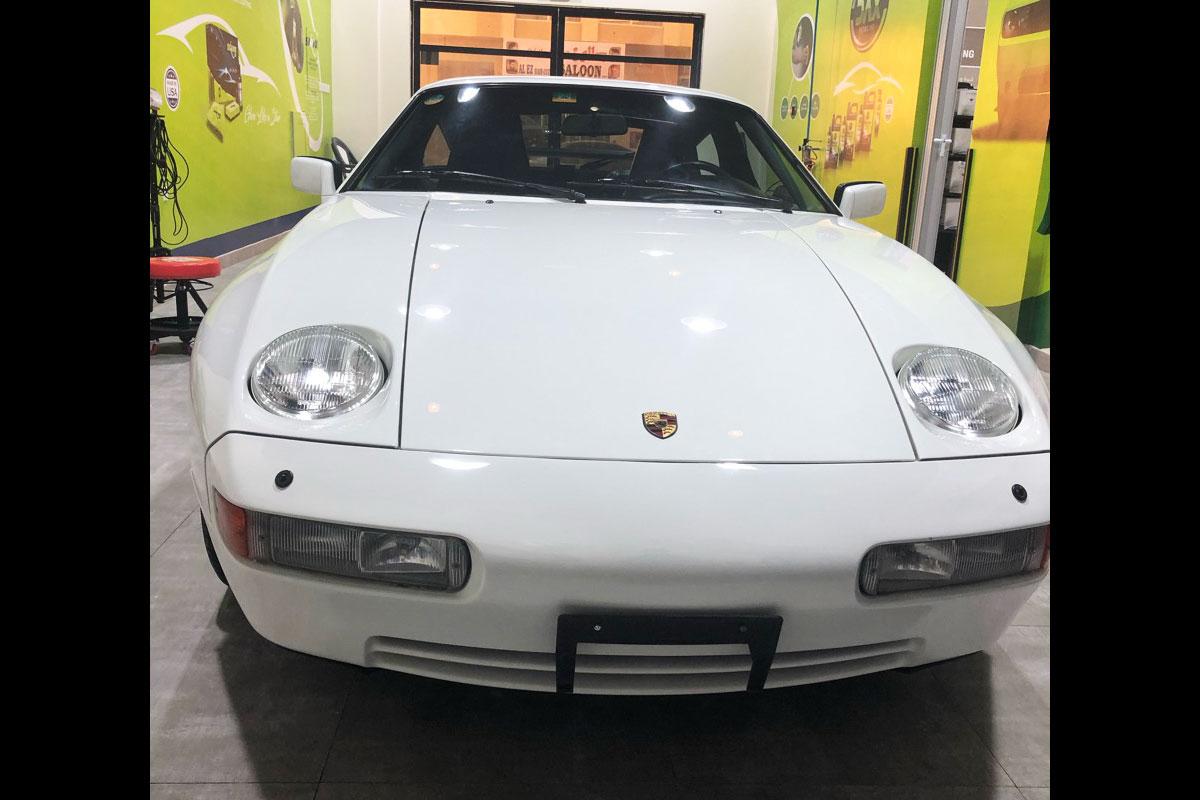 Porsche / 928 S4