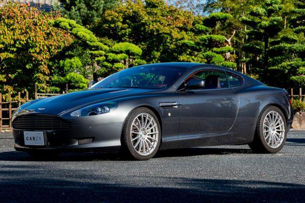 Aston Martin / DB9