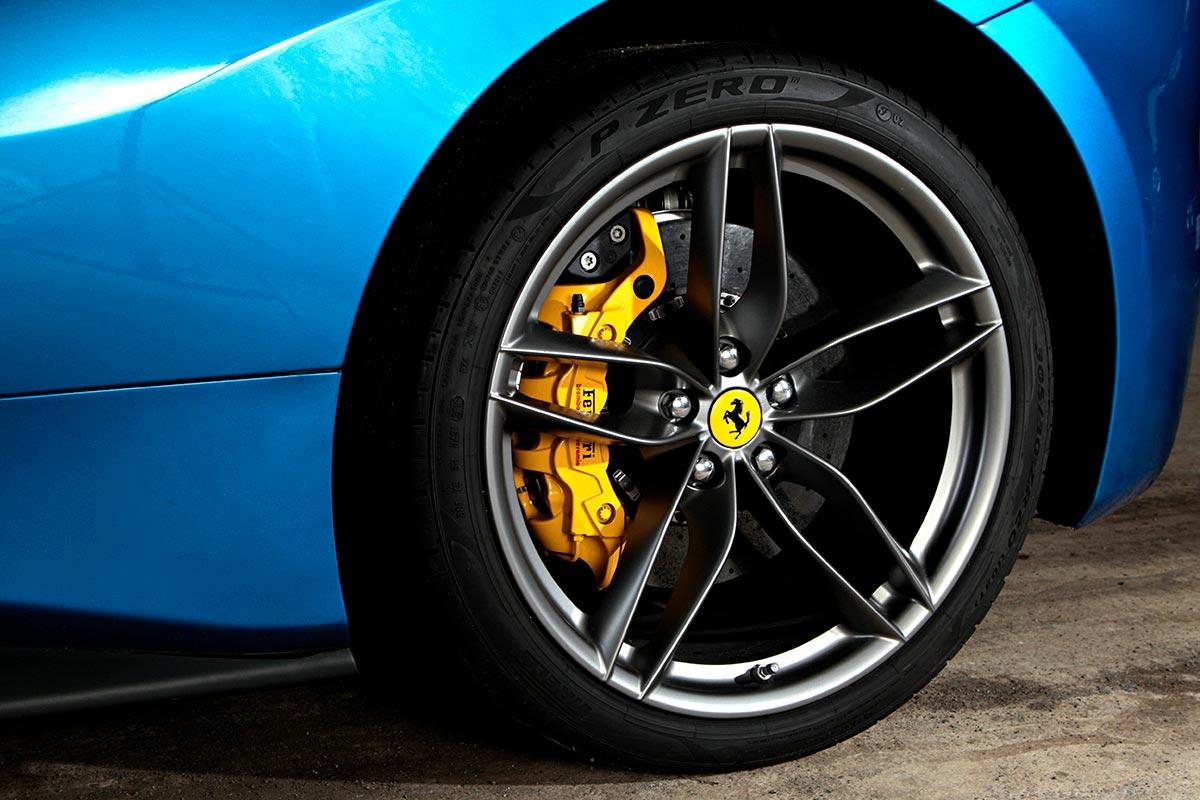 Ferrari / 488 Spider
