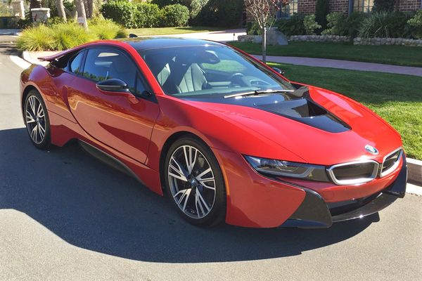 BMW / i8 Edition Protonic Red