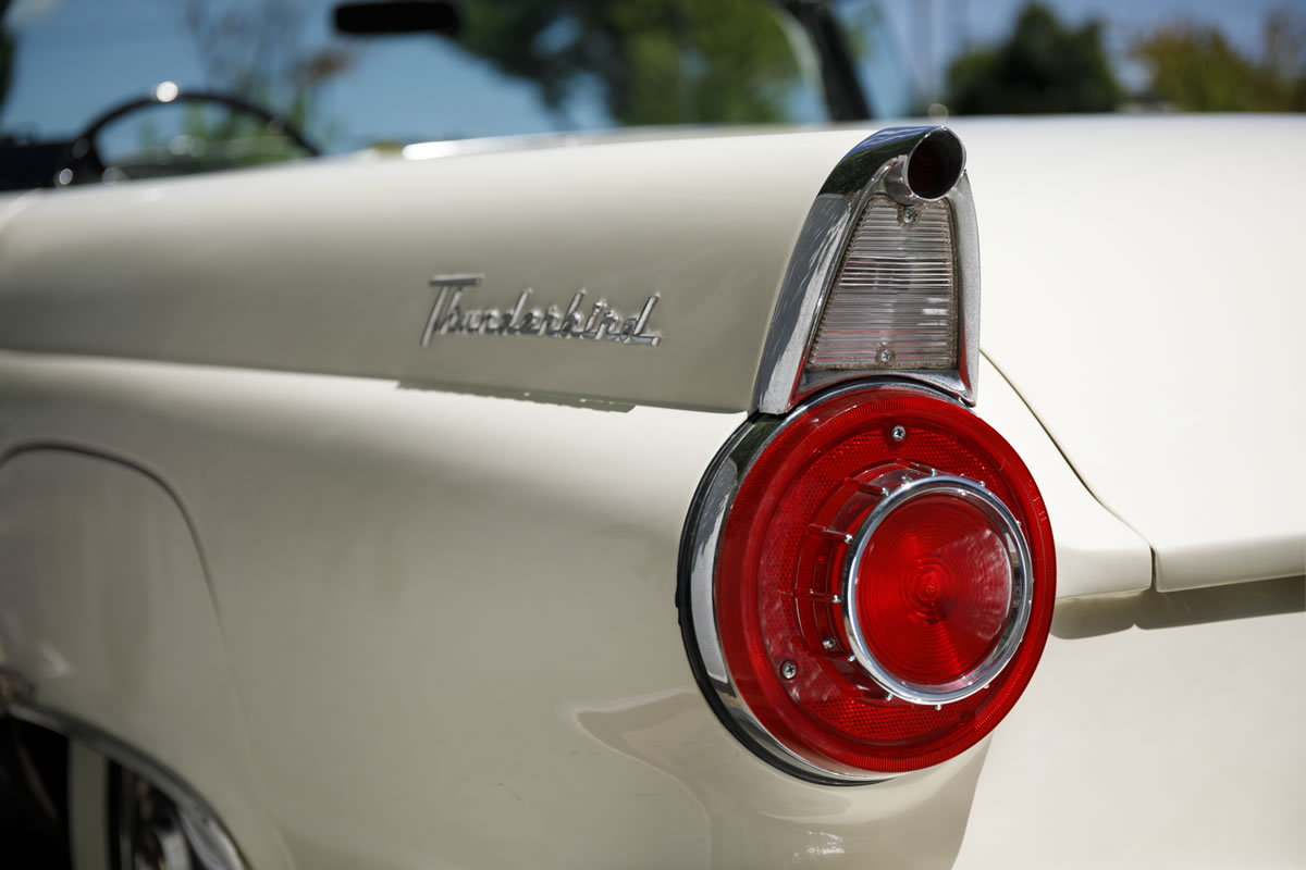 FORD / Thunderbird