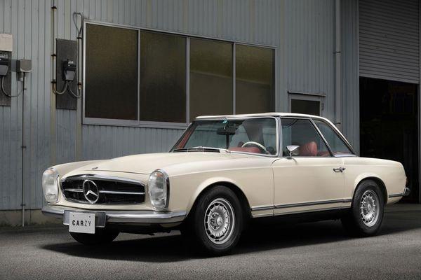 Mercedes Benz / 280SL